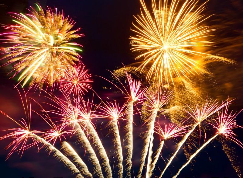 Una volta al mese Bibione offre i fuochi d'artificio
