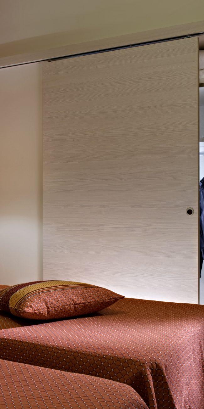 Arredamento moderno nelle camere dell'hotel Renania