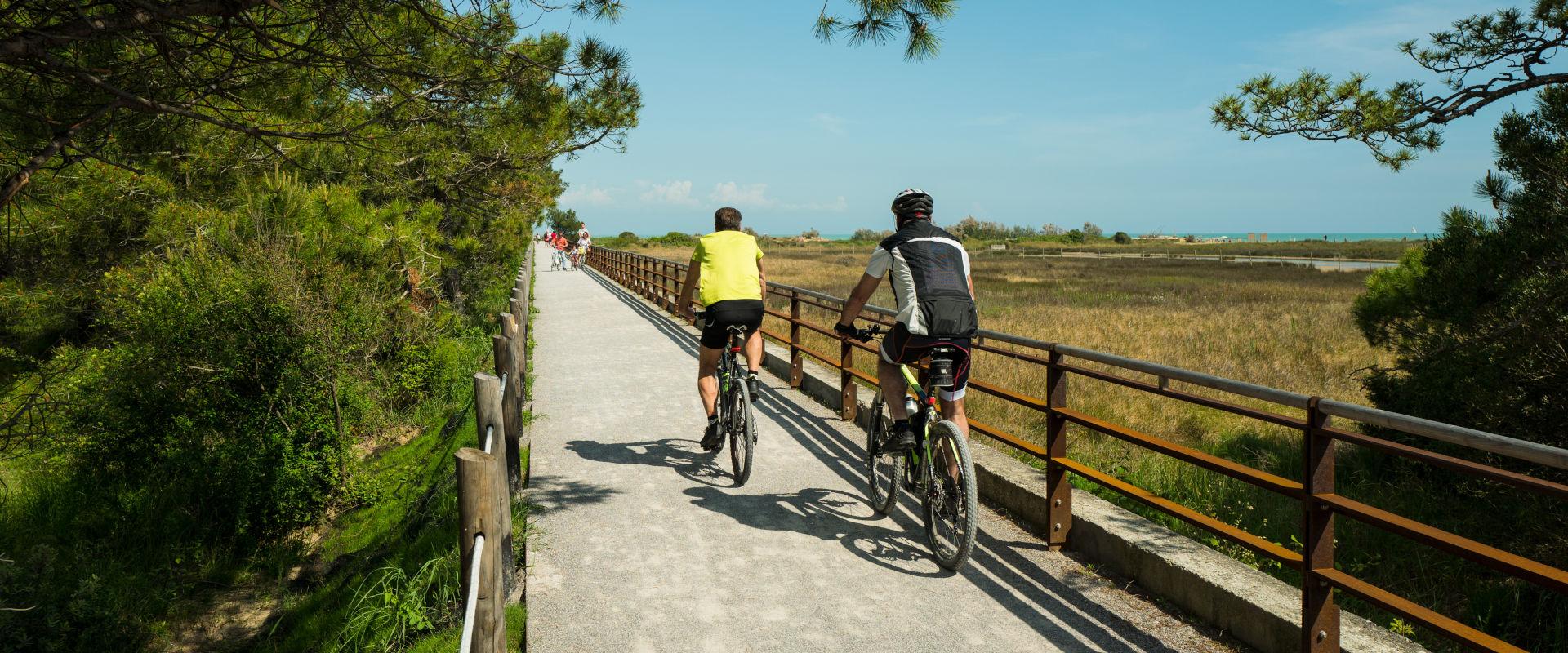Scopri Bibione in bicicletta