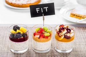 Yogurt e frutta fresca