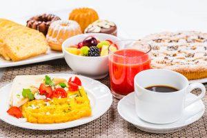 Colazione hotel Renania caffè frutta dolce