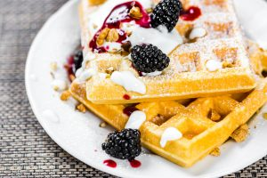 Waffle con frutti di bosco