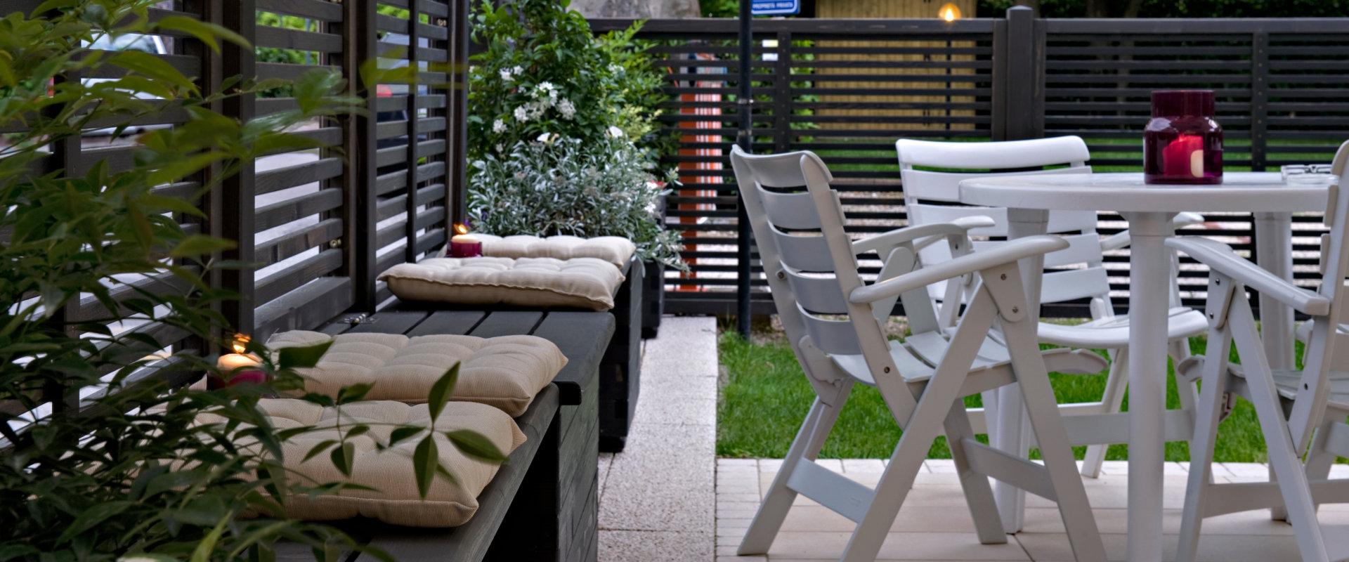 Il giardino attrezzato dell'hotel Renania a Bibione